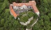 Obnova gotického hradu Modrý Kamen