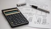 Kilenc hónapra is leállíthatnák a bankok a hitelek törlesztését