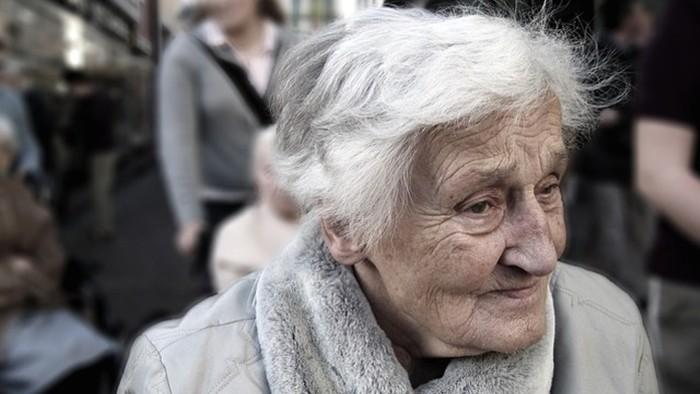 Mesto Prešov pomáha seniorom