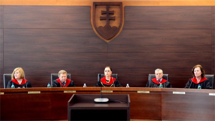 La Cour constitutionnelle travaille en régime limité