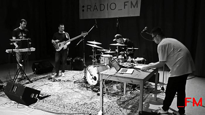 Naživo_FM: * Petijee v Pohode_FM Live