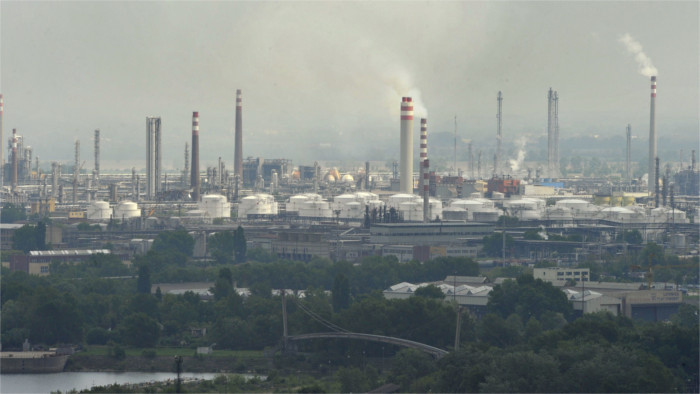 EC sues Slovakia for polluted air