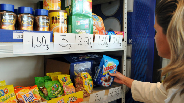 Prime Minister threatens sanctions for dual-quality food problem