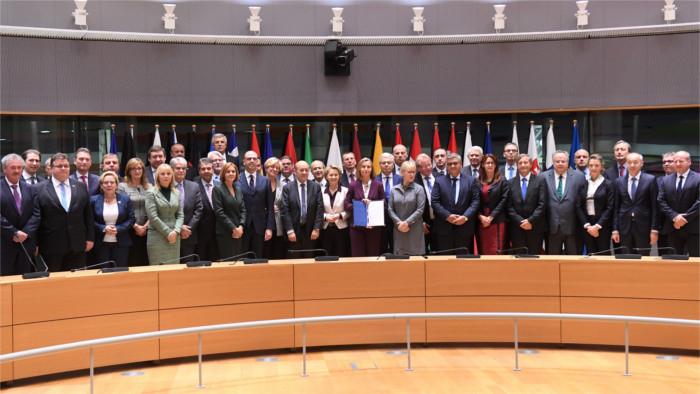 Slowakei unterzeichnet PESCO-Erklärung