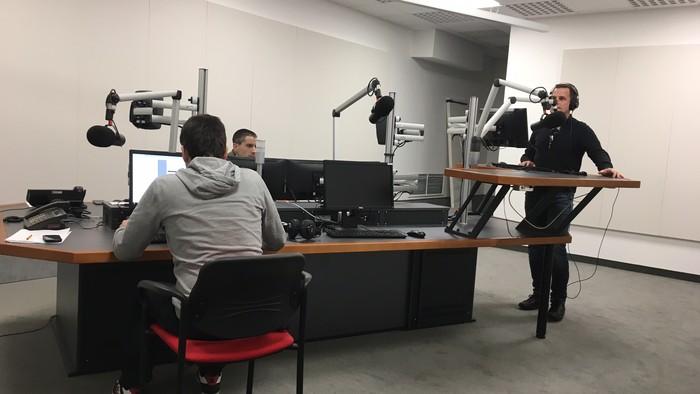 Rádio Regina Západ vysiela z vynoveného štúdia