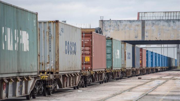 Unusual foreign trade surplus surprises analysts