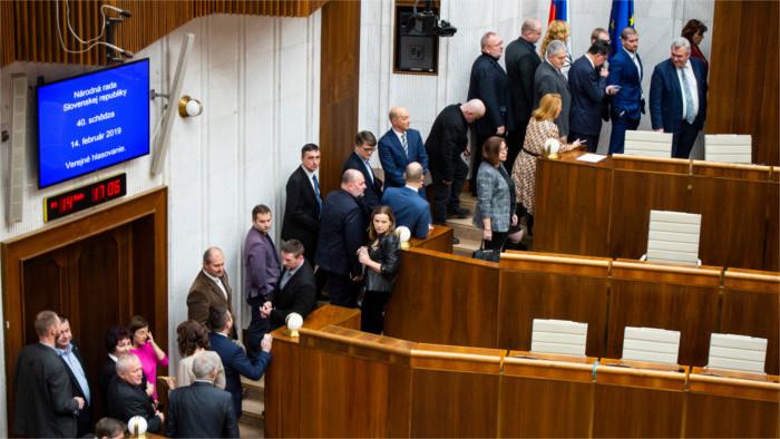 Parlament wählt erneut keine Verfassungsrichter-Kandidaten