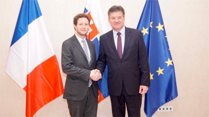 Discussion du ministre Miroslav Lajcak avec Clément Beaune à Bratislava