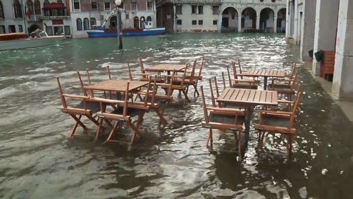 Benátky: Ako zadržať príliv?