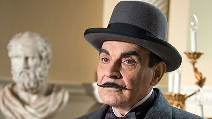 Agatha Christie : Poirot  IX.