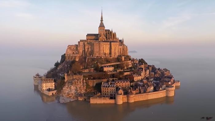 Mont Saint Michel - zázrak pod drobnohľadom