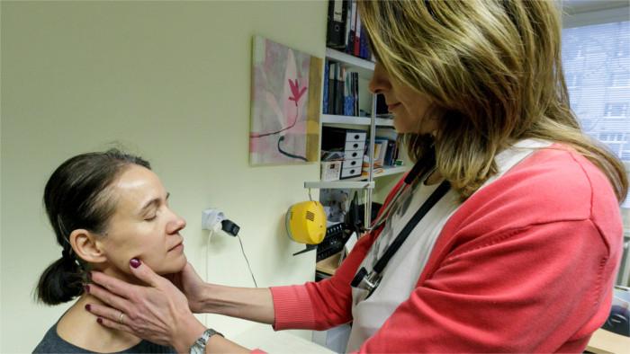 Проблемы привлечения медперсонала из третьих стран