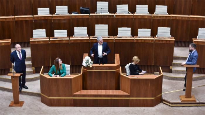 Standoff over speaker's desk over