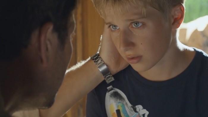 Hniezdo: Náročný, ale úprimný rozhovor otca so synom