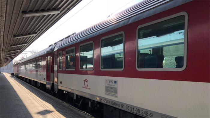 Saisonale Züge zur Förderung des Fremdenverkehrs