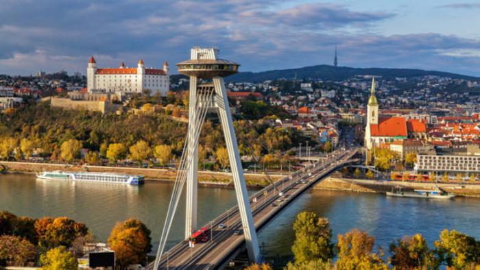 Bratislava invita a toda Eslovaquia