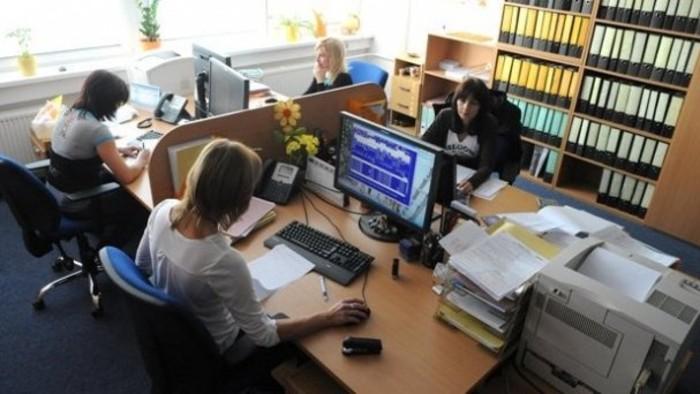 Aktuálne obmedzenia na daňových úradoch, v bankách či na pošte