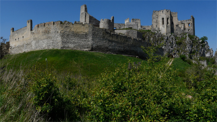 Burg Beckov: Veranstaltungsangebot in der neuen Saison