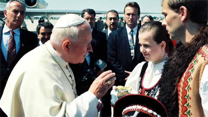 Il y a 30 ans, le pape Jean-Paul II a embrassé la terre slovaque