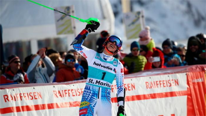 Vlhová, primera en prueba de Slalom de la Copa del Mundo de esquí