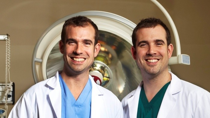Operácia Au!: Sledujte rodinný seriál o zdraví a medicíne