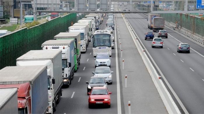 Kysuckí starostovia žiadajú riešenie zlej dopravnej situácie