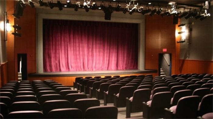 100 rokov divadla s Rádiom Regina