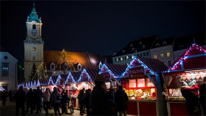 Slowakische Weihnachtsmärkte werden öko