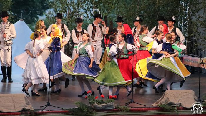 Ako fotiť folklórne festivaly