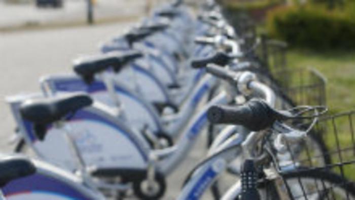Obyvatelia a návštevníci Piešťan majú k dispozícii zdieľané bicykle