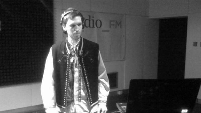 SIGNAll_FM - Záznam vysielania + tracklist (25.11.2012)