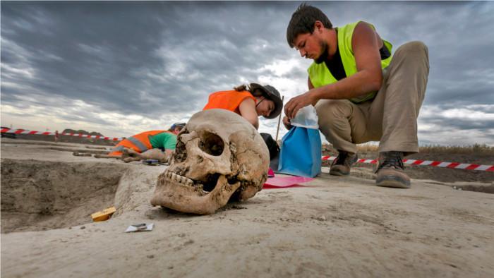 Археологи ищут доказательства жизни неандертальцев на территории Малых Карпат