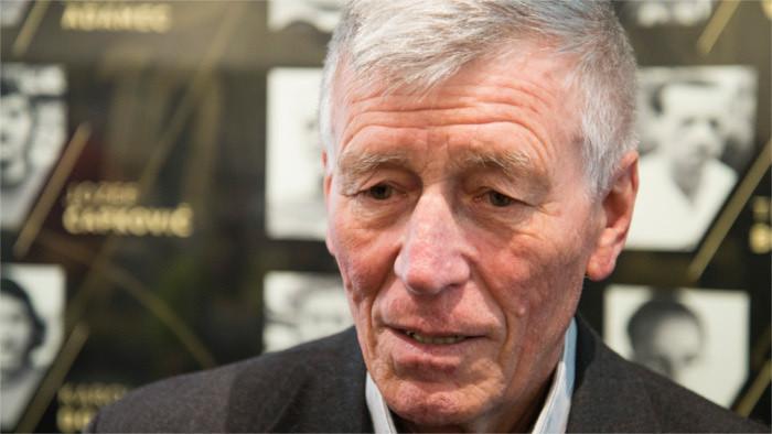 Fallece el legendario futbolista eslovaco Jozef Adamec