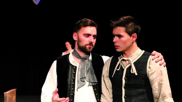 Divadelná recenzia: Až tri v taňcu Vidermaňcu