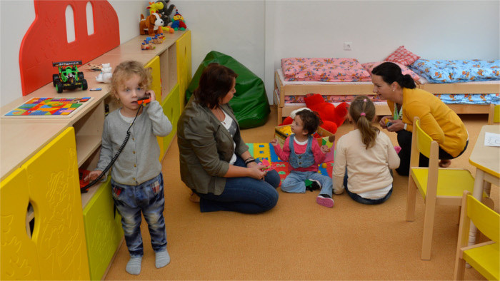 Nursery schools compulsory for 5-year-olds