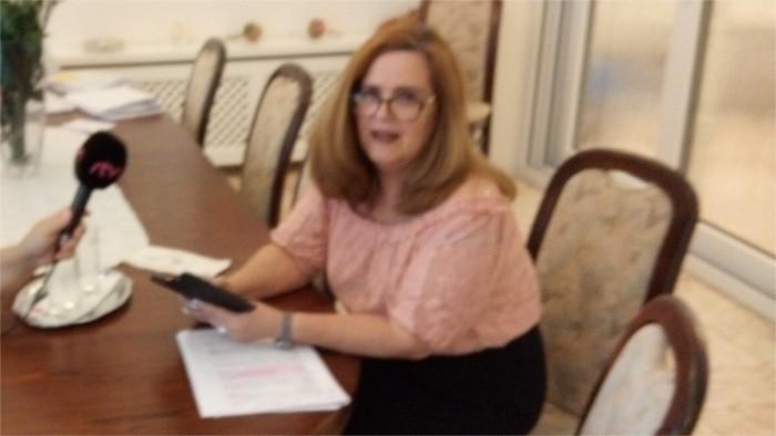 Con la embajadora de Cuba abordamos el tema de la pandemia