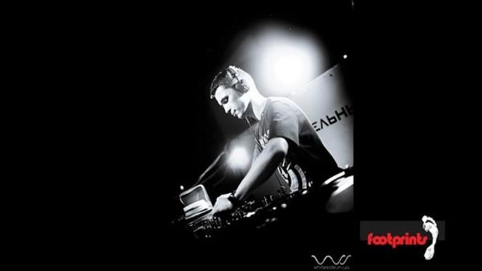 SIGNAll_FM - Záznam vysielania + tracklist (11.11.2012)