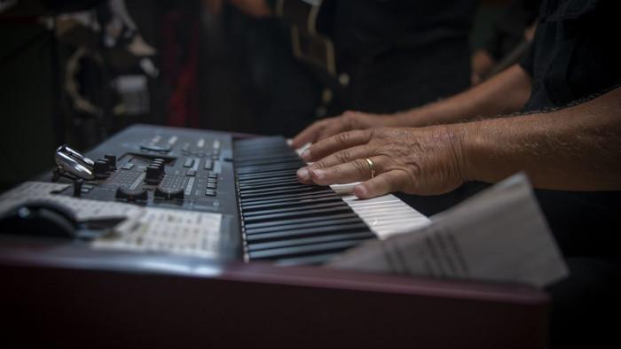 O členení hudby podľa pôvodu, umeleckého zamerania a témy