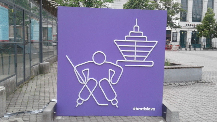 Ice-hockey musical crossroads