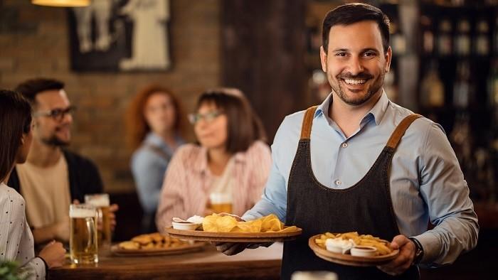 Daň z prepitného: Čašníkom svitá na lepšie časy