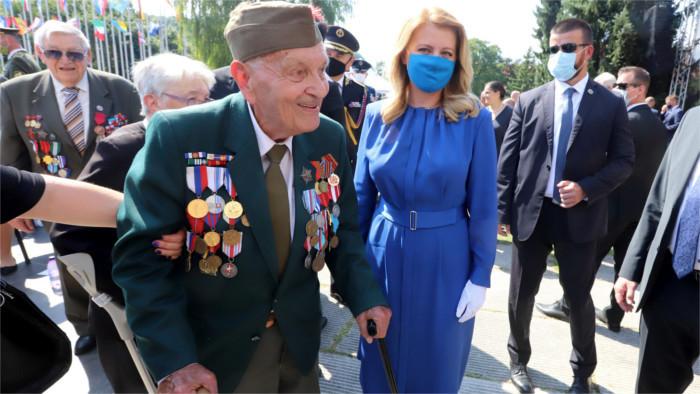 Uno de los pocos partisanos que todavía puede compartir con nosotros sus recuerdos de la Insurrección Nacional Eslovaca es Vladi