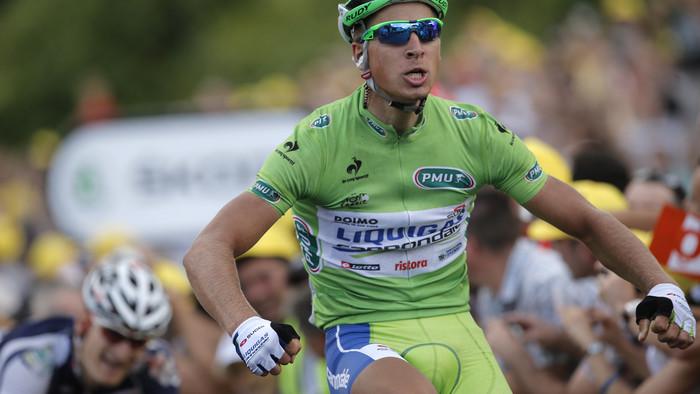 Len 15 jazdcov vyhralo viac etáp na Tour. Zaspomínajte si na Saganove triumfy