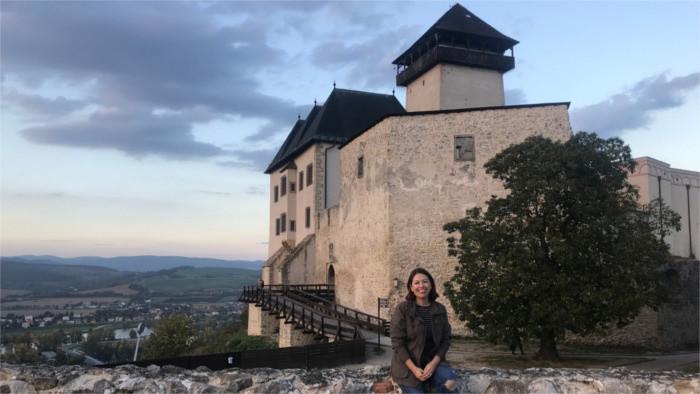 Con Loredana Rodríguez sobre el culto mariano en Eslovaquia