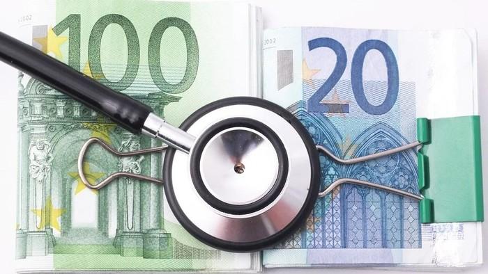 Poplatky na súkromných klinikách