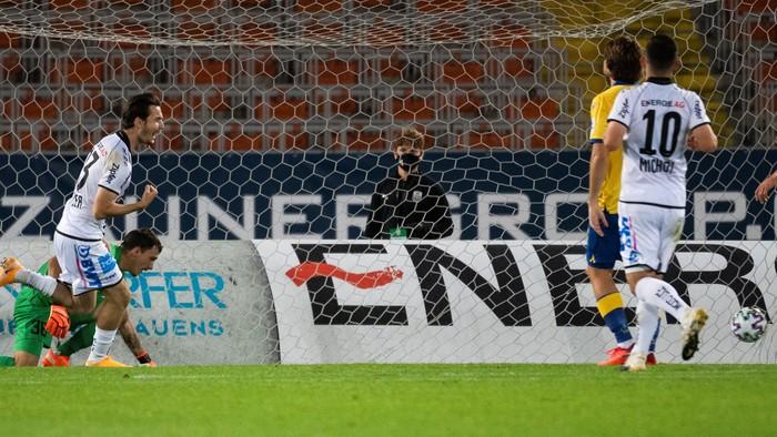 Futbal: Linz - D. Streda
