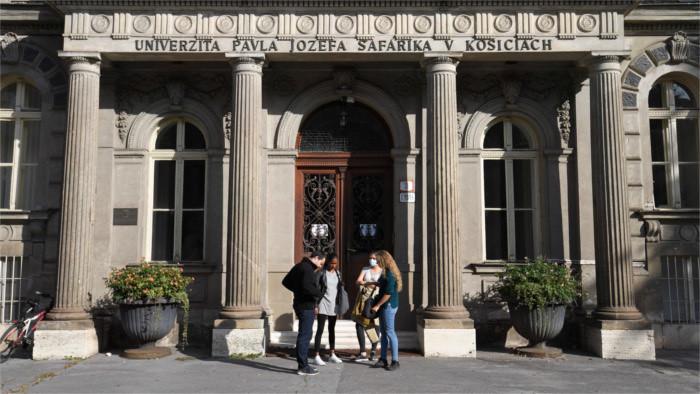 Hoy empieza el curso escolar en muchas universidades eslovacas