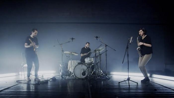 Mental_FM: KIN, John Frusciante aj Diplo