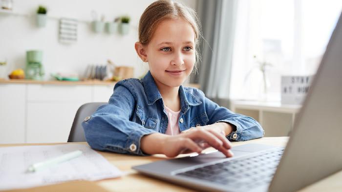 Online vyučovanie v centrách voľného času a ZUŠ