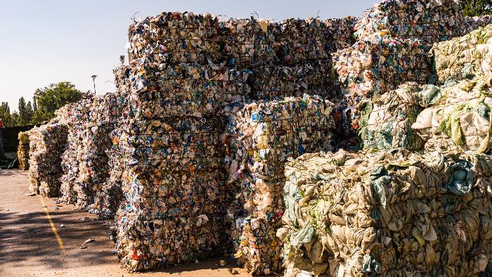 Karlova Ves: Vyhľadávané veľkokapacitné kontajnery
