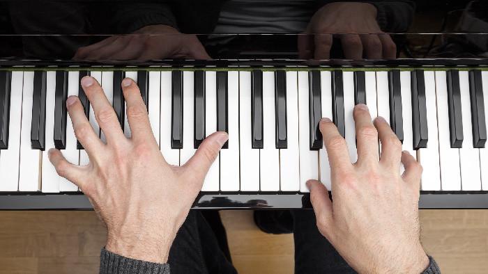 Klavirista Ladislav Fančovič má 40 rokov